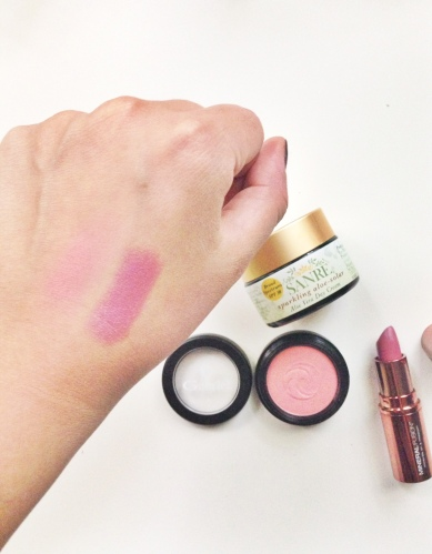 mineral fusion lipstick swatch